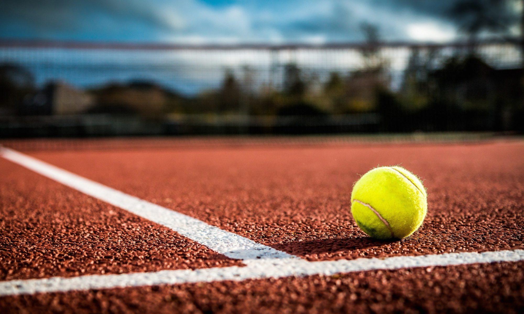 Tennis hours